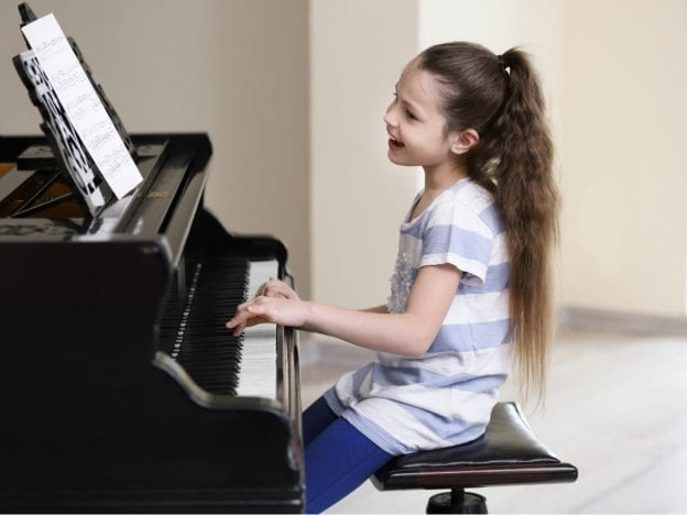 Online Piano & Voice Lessons with Mrs. Laurie course image